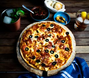 pizza-food-meal-restaurant-dish-cuisine-1425859-pxhere.com